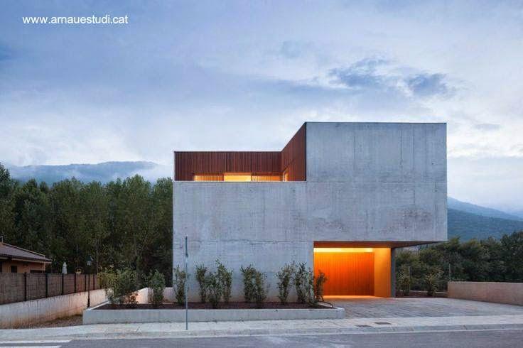 Casa residencial contemporánea estilo Minimalista en España