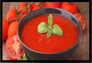 homemade tomato soup with fresh tomatoes
