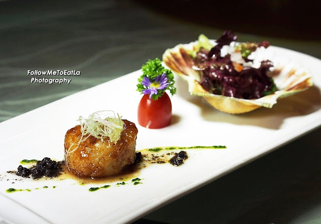 Pan Fried Hokkaido Scallop With Black Truffle  RM 33 per pax