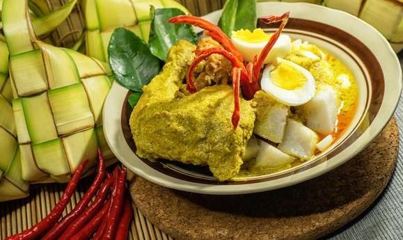 5 Resep Opor Ayam Spesial Untuk Lebaran Yang Paling Enak