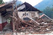 Diduga Aktivitas Pergeseran Tanah di Cikalongkulon Sebabkan Gedung SDN Sugihmukti Ambruk