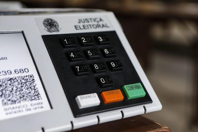 """TSE proíbe """"Lives Eleitorais"""" durante campanhas municipais"""