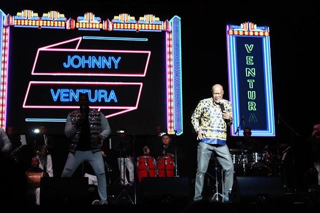 Johnny Ventura viste de Noel Newman en su 60 aniversario