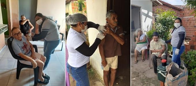 Secretaria de Saúde inicia primeira fase da vacinação contra influenza em Senador Sá com atendimento a domicílio.