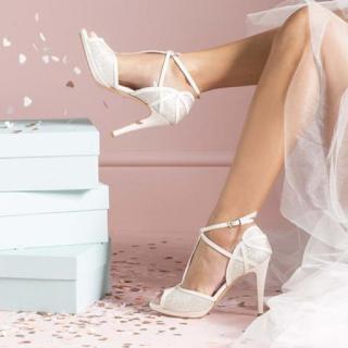 chaussures de mariée charlotte mills UK blog mariage unjourmonprinceviendra26.com