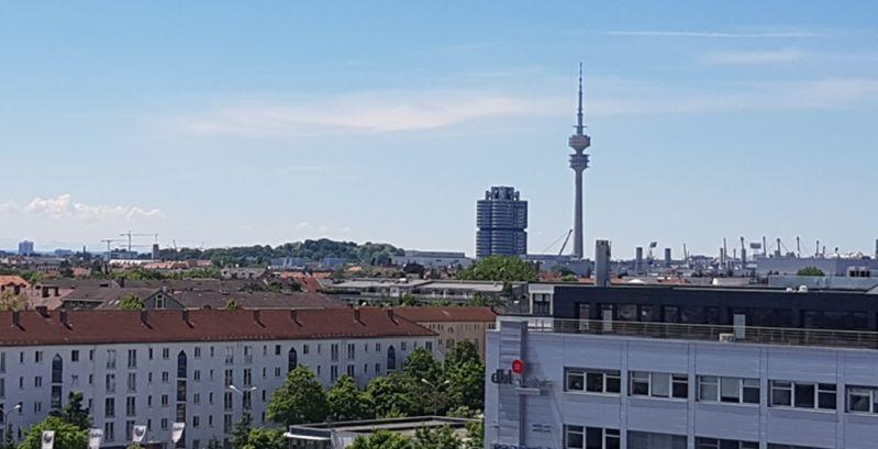 Aussicht vom Skyloftstudio über den Norden von München