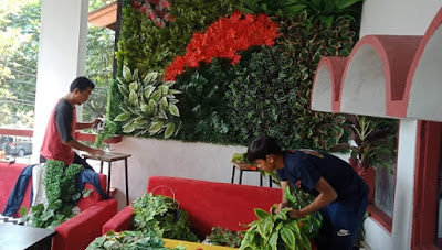 Jasa Pembuatan Vertical Garden Sintetis di Bogor
