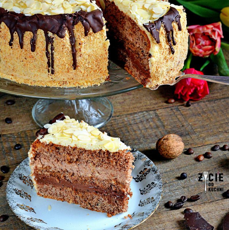 orzechowy tort, tort, orzechy, biszkopt orzechowy, elegancki tort, zycie od kuchni
