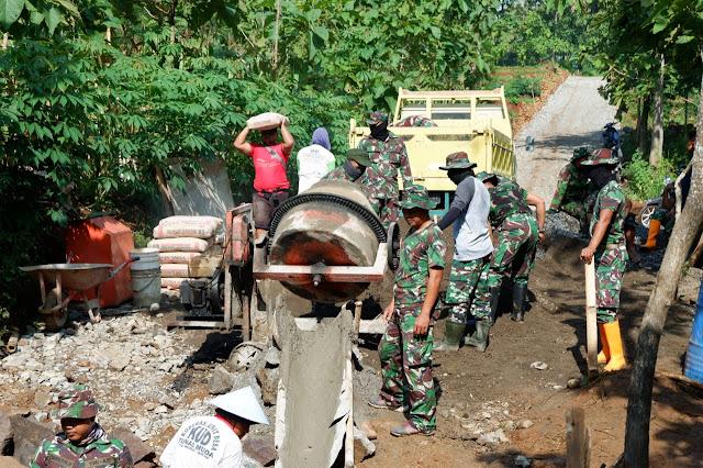 KodimKaranganyar - TMMD di Desa Tawangsari Karanganyar Tanpa Upacara Pembukaan, Kegiatan Tetap Berjalan