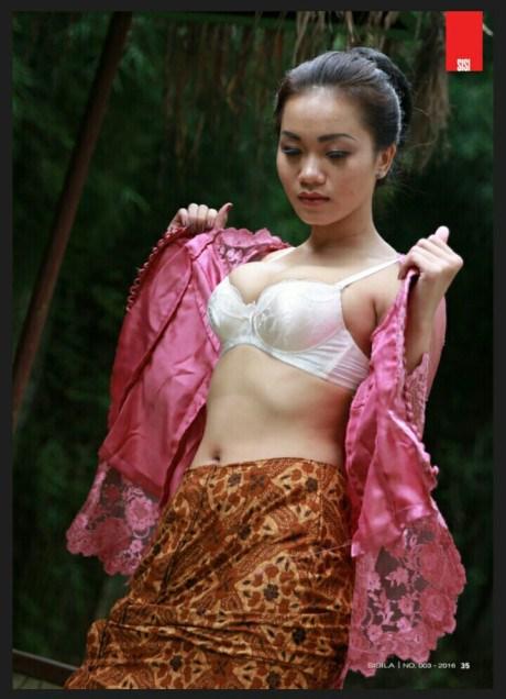 Foto Alya Dior panas
