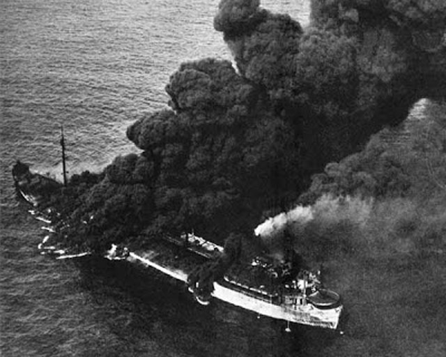 USS Neosho burning after a Japanese raid, 7 May 1942 worldwartwo.filminspector.com