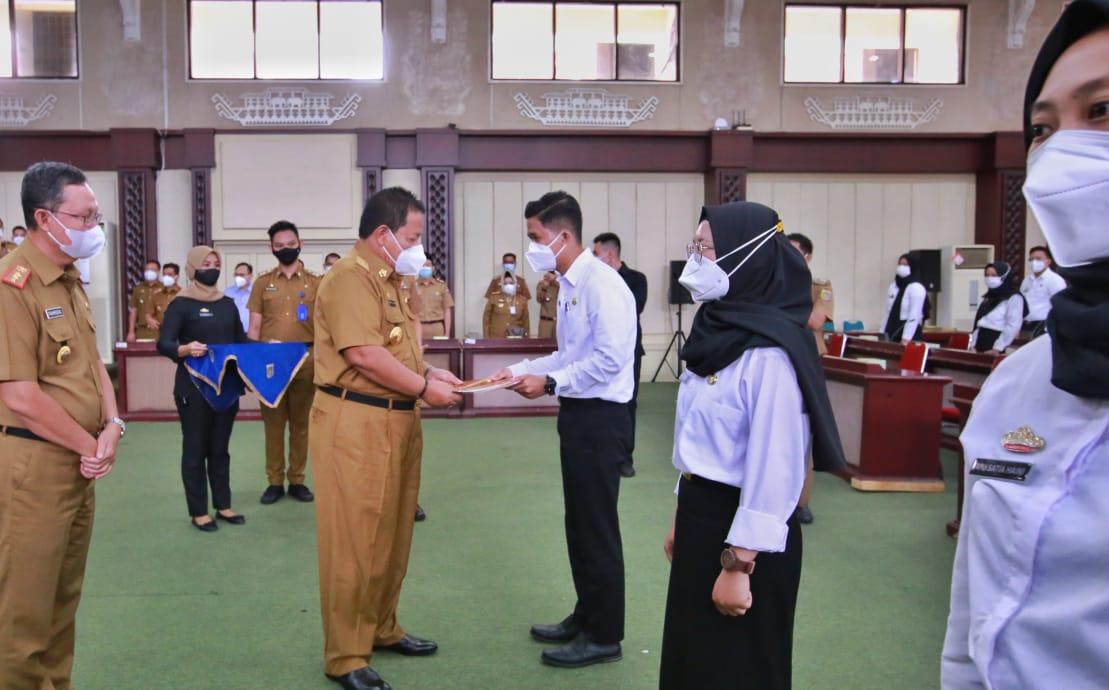 Gubernur Arinal Serahkan 410 SK CPNSD Formasi Tahun 2019 di Lingkungan Pemprov Lampung