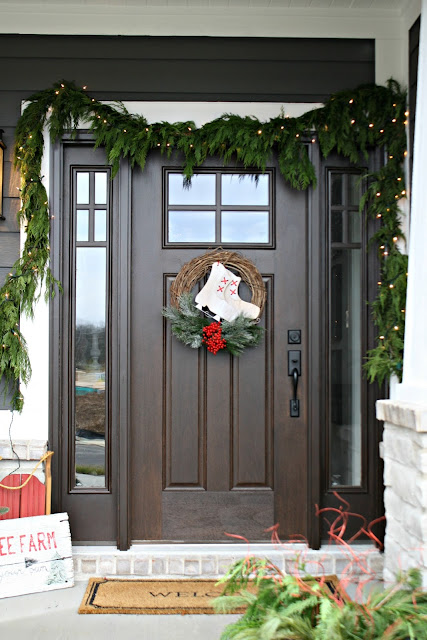 DIY grapevine Christmas wreath