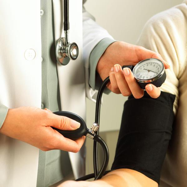 Cara Efektif Mengatasi Penyakit Hipertensi (Tekanan Darah Tinggi)