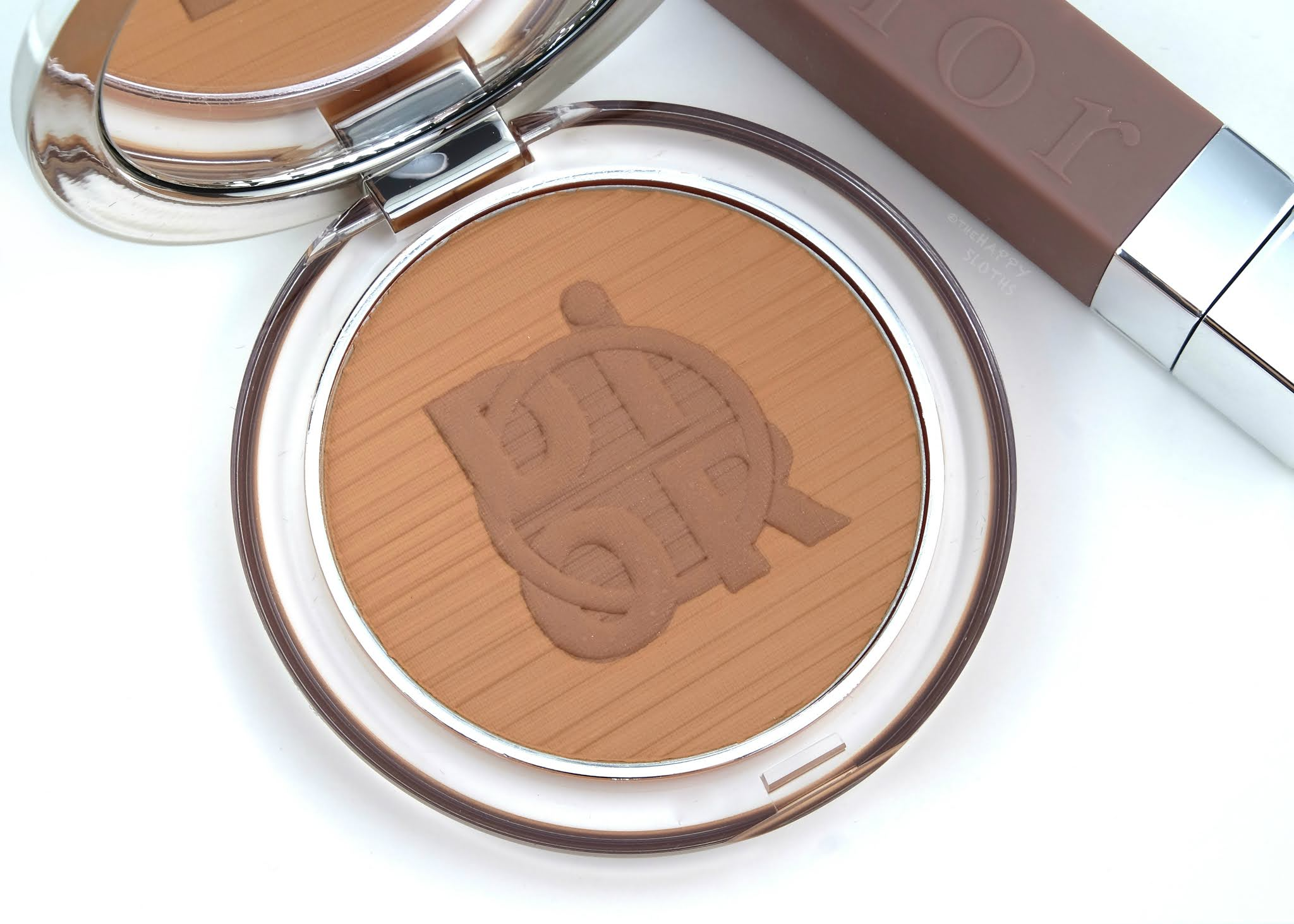 "Dior Summer 2020 | Diorskin Mineral Nude Bronzing Powder in ""02 Warm Flame"": Review and Swatches"