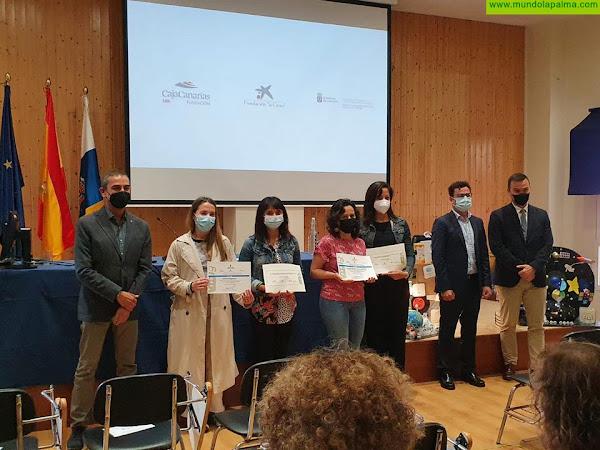 Alumnos de cuarto de la ESO del I.E.S. Puntagorda reciben el primer premio en la categoría de secundaria para el proyecto educativo Recicl-ARTE