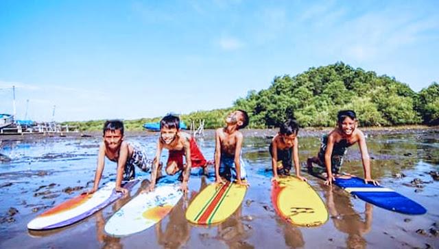 Selancar Lumpur Wisata Hutan Mangrove Kampung Blekok