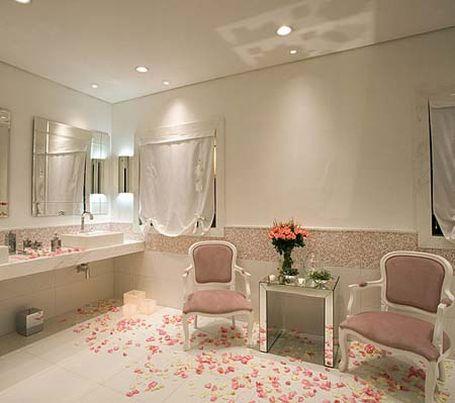 Un baño femenino - Colores en Casa