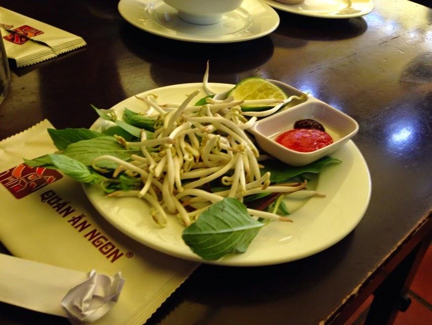 vietnam-noodle-vegetable