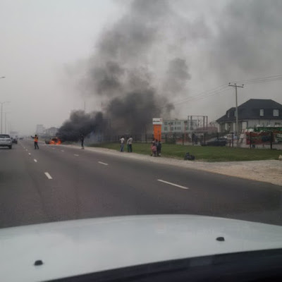 car catches fire lekki lagos