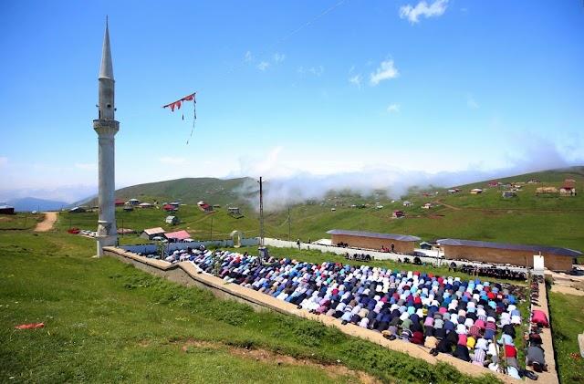 """مسجد """"صيفي"""".. يرتاده الأتراك منذ قرون #تركيا"""