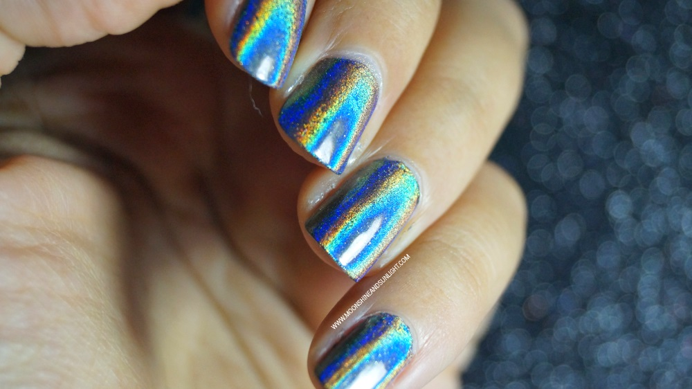 No Gel Holographic Nails with Sparkle & Co | How to - Moonshine And ...