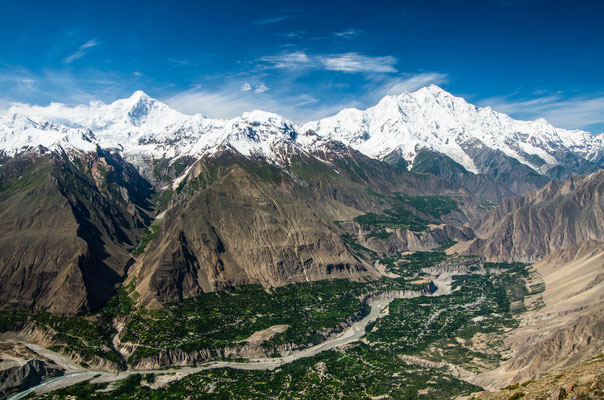 Pakistan races to protect mountain villages from runaway glaciers