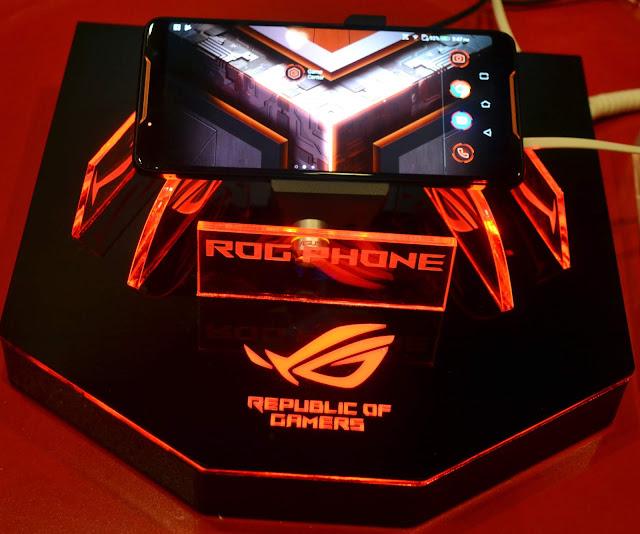 ROG Phone, Smartphone Gaming Khusus Untuk Sultan