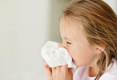 Nguyên nhân trẻ bị sổ mũi kéo dài gây viêm xoang