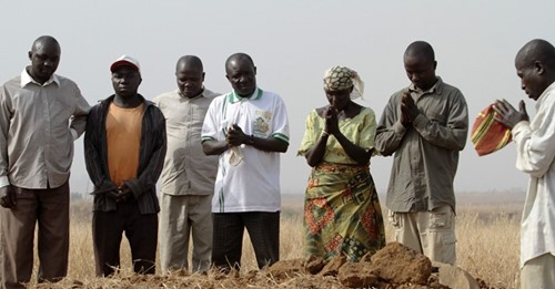 Muçulmanos fulani matam 33 cristãos em uma semana durante ataques na Nigéria