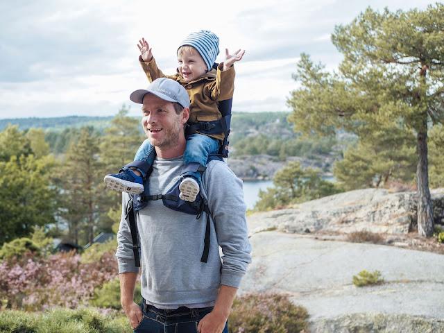 Hands-free Parenting - MiniMeis