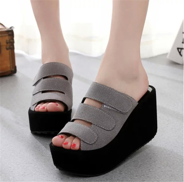 model Sandal Wanita Wedges Double Suede kekinian