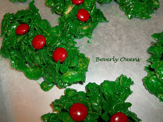 Christmas Wreath Marshmallow Treats Recipe