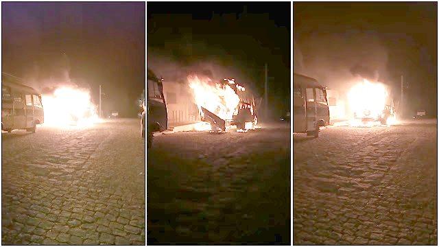 Vídeo: Ônibus escolar de Santa Terezinha pega fogo na madrugada desta Terça-Feira (14)