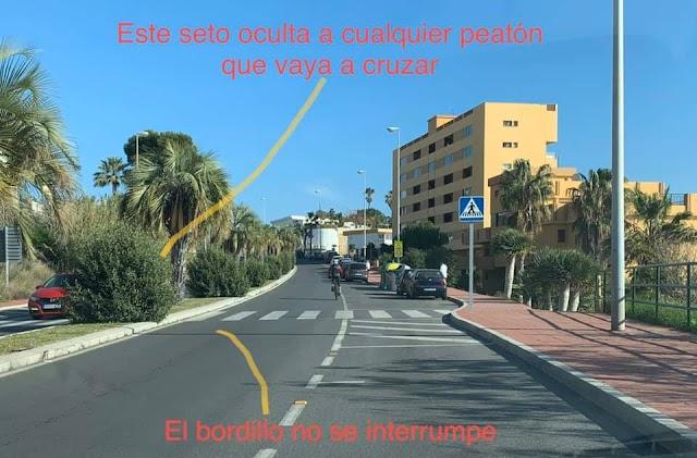 Falta de visibilidad en un paso de peatones en Torremuelle