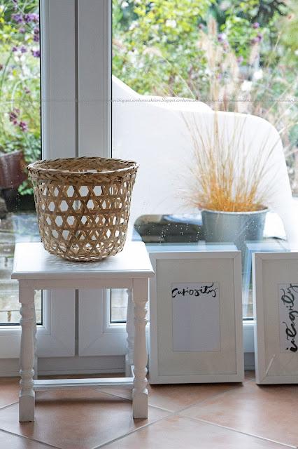 TineK home Korb, Hocker vintage, herbstlich dekorieren