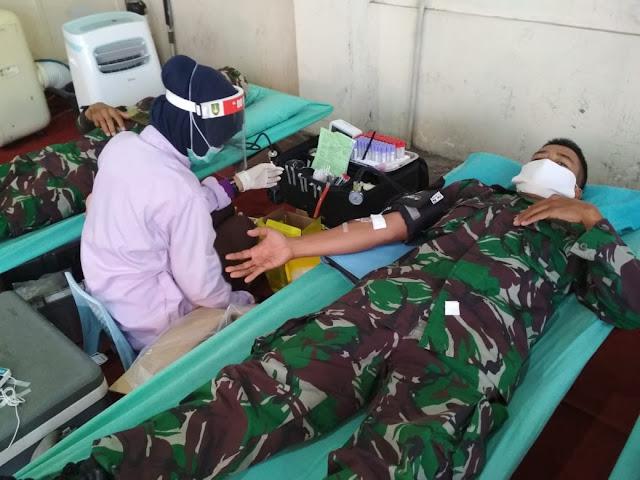 Babinsa Koramil  Wonosari Sumbangkan Darahnya Di PMI Surakarta