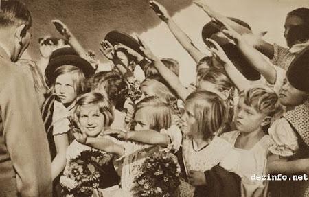 صور نادرة لـ هتلر ( 30 صورة - مجموعة 1)