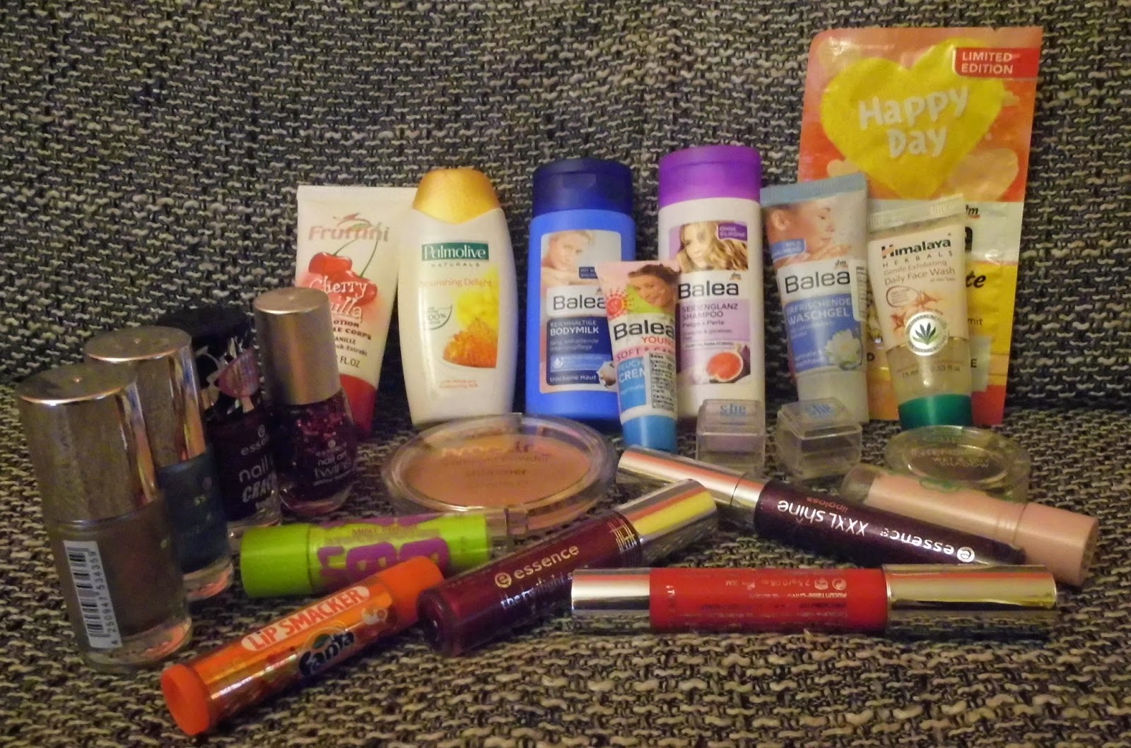 500-facebook-likes-and-other-followers-beauty-make-up-skin-care-giveaway-balea-essence-catrice-etc