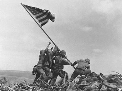 Iwo Jima'da Bayrağı Kim Dikti?