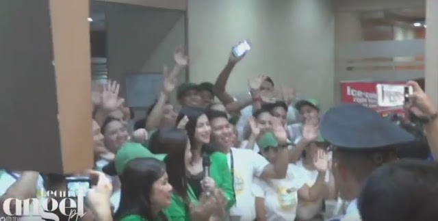 Angel Locsin Gets Mobbed By The Fans As She Visited The Newest Branch Of 'Mang Inasal' In Starmall Edsa Crossing!