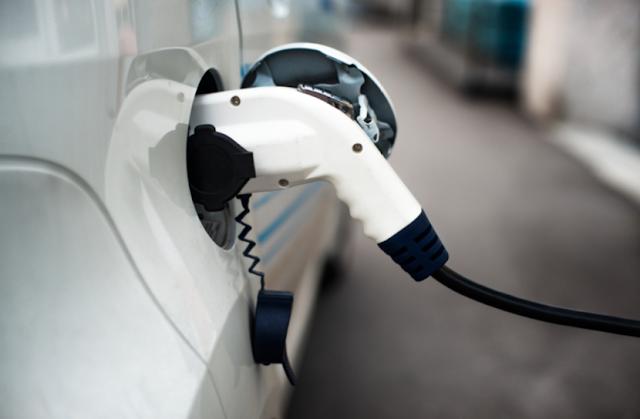fuel city car wash, fuel triton, gas prices near me, gaz station, تويوتا راڤ4 , rivian electric car, rivian, best electric car 2019, nio stock, hybrid