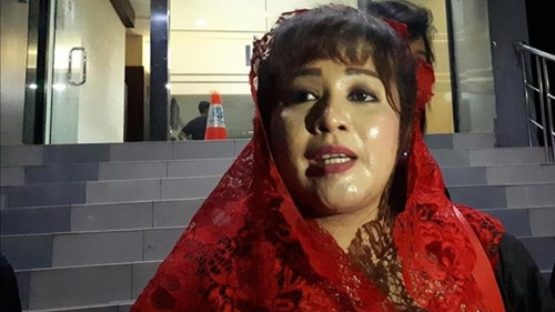 Berbalik! Kini Keluarga Ayu yang Diminta Dipolisikan, Dewi Tanjung: Bagaimana Bisa Lolos Penyekatan Sampai Bojonegoro?