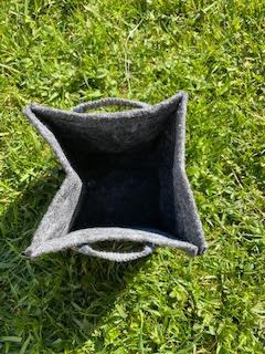 Carte ensemencée dans pot géotextile du coffret Pousse pousse