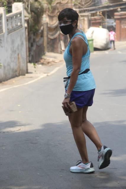 Mandira Bedi Latest Pics AT Mumbai While Going To Gym Actress Trend
