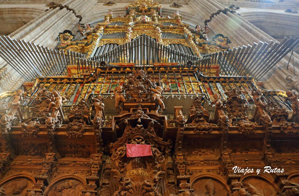 Organo de la catedral nueva de Salamanca