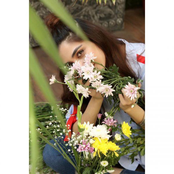 Pictures of Actress Maya Ali