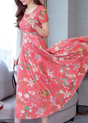 Коралловое платье в цветочек