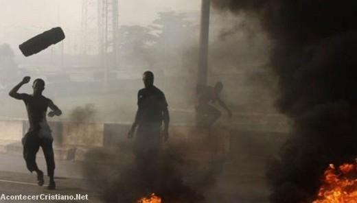 Musulmanes ocasionan disturbios en Nigeria