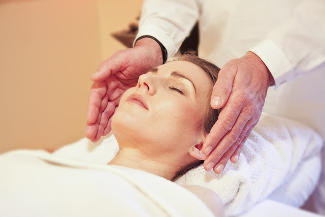 Facial Massage As Anti Ageing